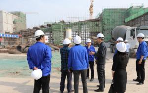 渤化集团党委副书记、副总经理张世新赴汉沽盐场30万吨/年精制盐项目现场、盐藻工厂养殖中试基地及海马中试车间调研指导